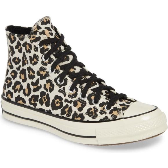 Converse Chuck Taylor All Star High Top Sneaker nb